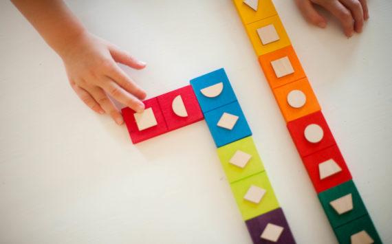Domino des formes (des couleurs, et des animaux !)