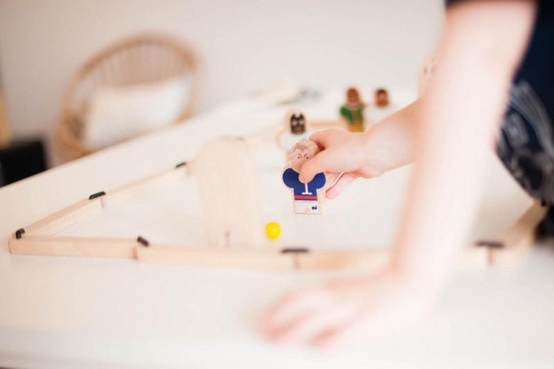 odrai-scrapandphoto.fr, roule ta bille, jouets libres, jeux en bois, football