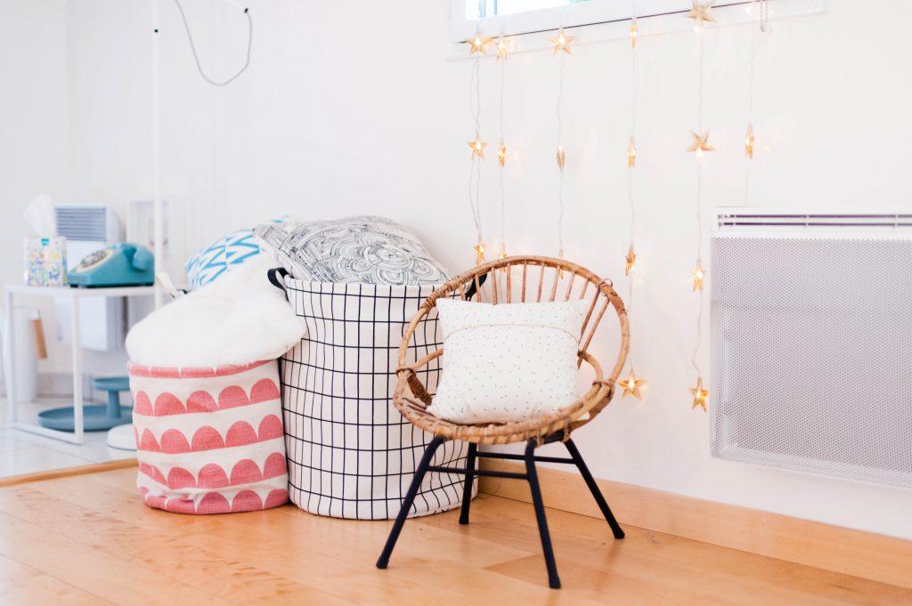 mon rangement des jeux de soci t odrai et louis. Black Bedroom Furniture Sets. Home Design Ideas