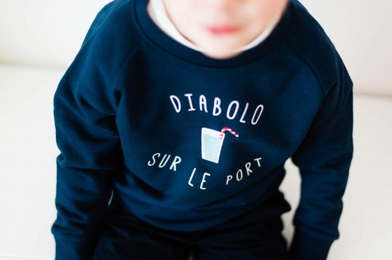 sweat diabolo sur le port dandy breton