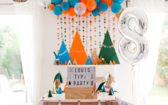 La tipi-party de Louis – 8 ans loin de sa famille